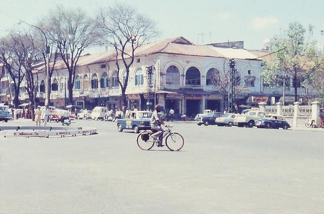 Saigon street 67-68 - Nguyễn Huệ