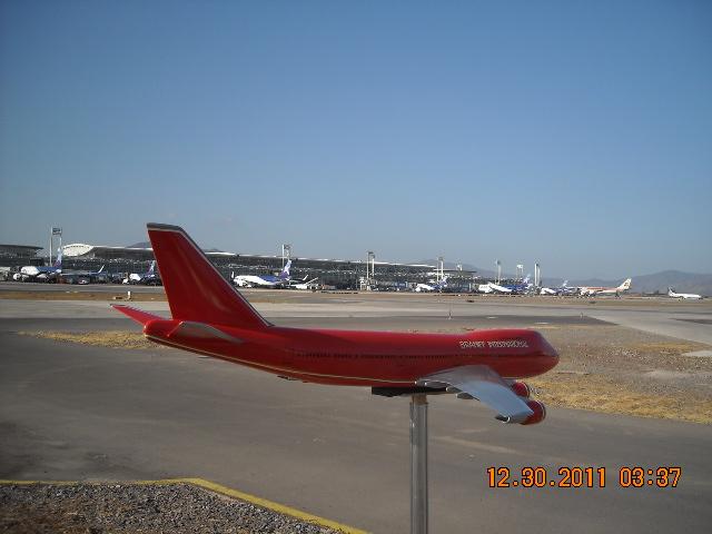 El más grande de mis aviones 6848405815_e7f3256949_z