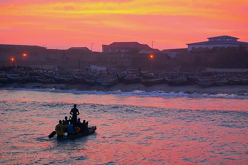 sunset water boat ghana jamestown oceanreflection