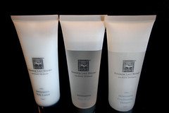 hand(0.0), cream(0.0), skin(0.0), beauty(0.0), skin care(1.0), lotion(1.0),