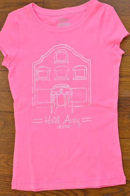 avery hotel shirt2