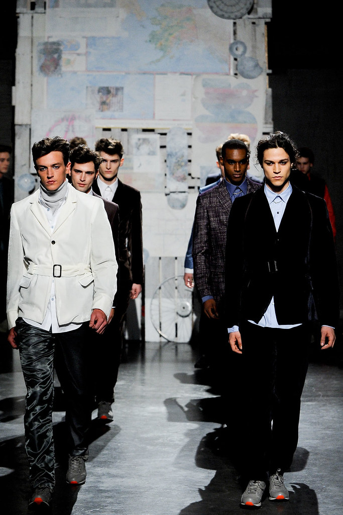 FW12 New York Loden Dager031_Ryan Curry(VOGUE)