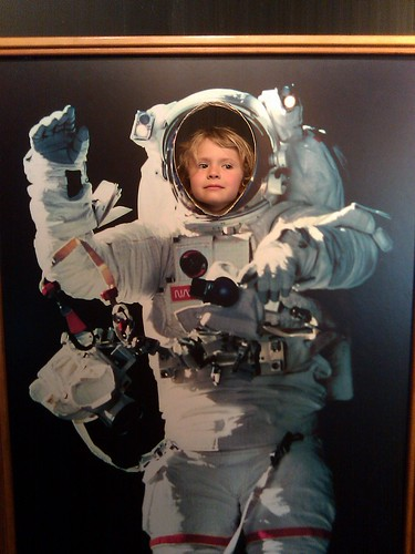 Q5 astronaut 2012-03-30 12.25.48
