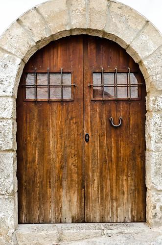 puerta de dalt vila