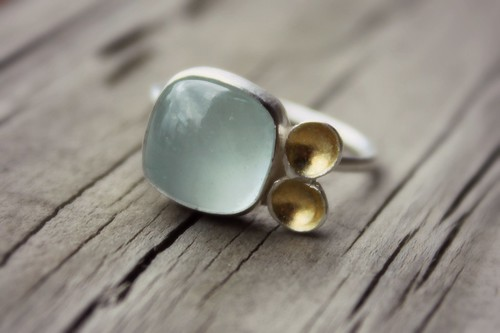 Aquamarine and golden seeds ring