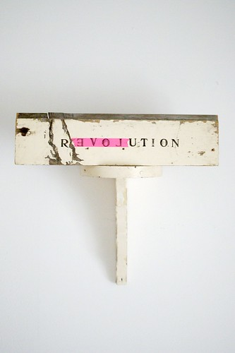r E V O L u t i o n by wood & wool stool
