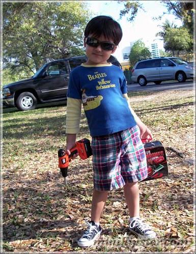 Andres... MiniHipster.com: kids street fashion (mini hipster .com)