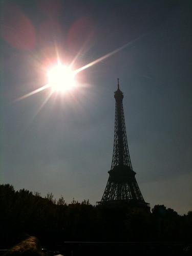 Paris Calling, 11/03/2012
