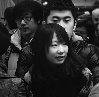 people in Tianzifang, Shanghai 田子坊
