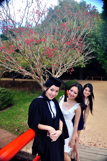 Bestie's Graduation Ceremony and Photoshoot at Japanese Garden
