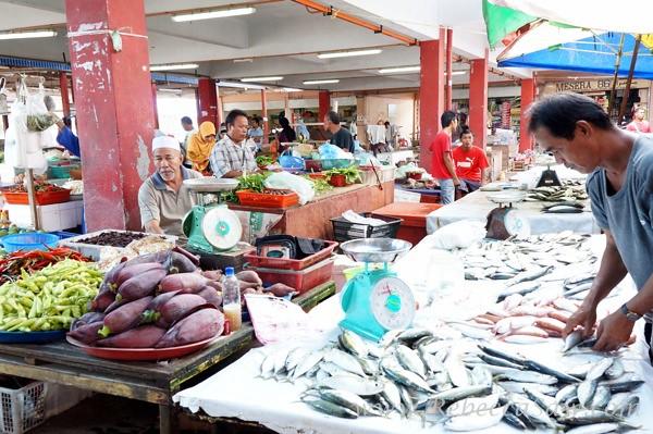 Dungun Market48