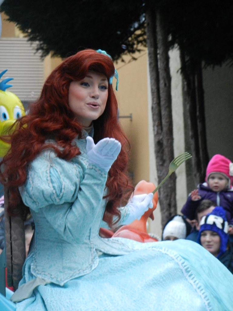 Un séjour pour la Noël à Disneyland et au Royaume d'Arendelle.... - Page 7 13903271074_27b2dae369_b