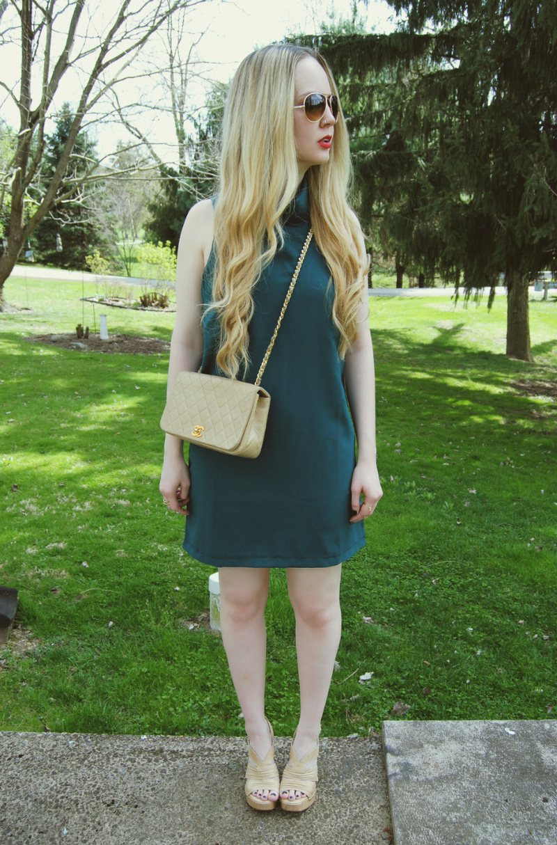 TurtleneckDress_VintageBeigeChanelBag_SteveMaddenShoes