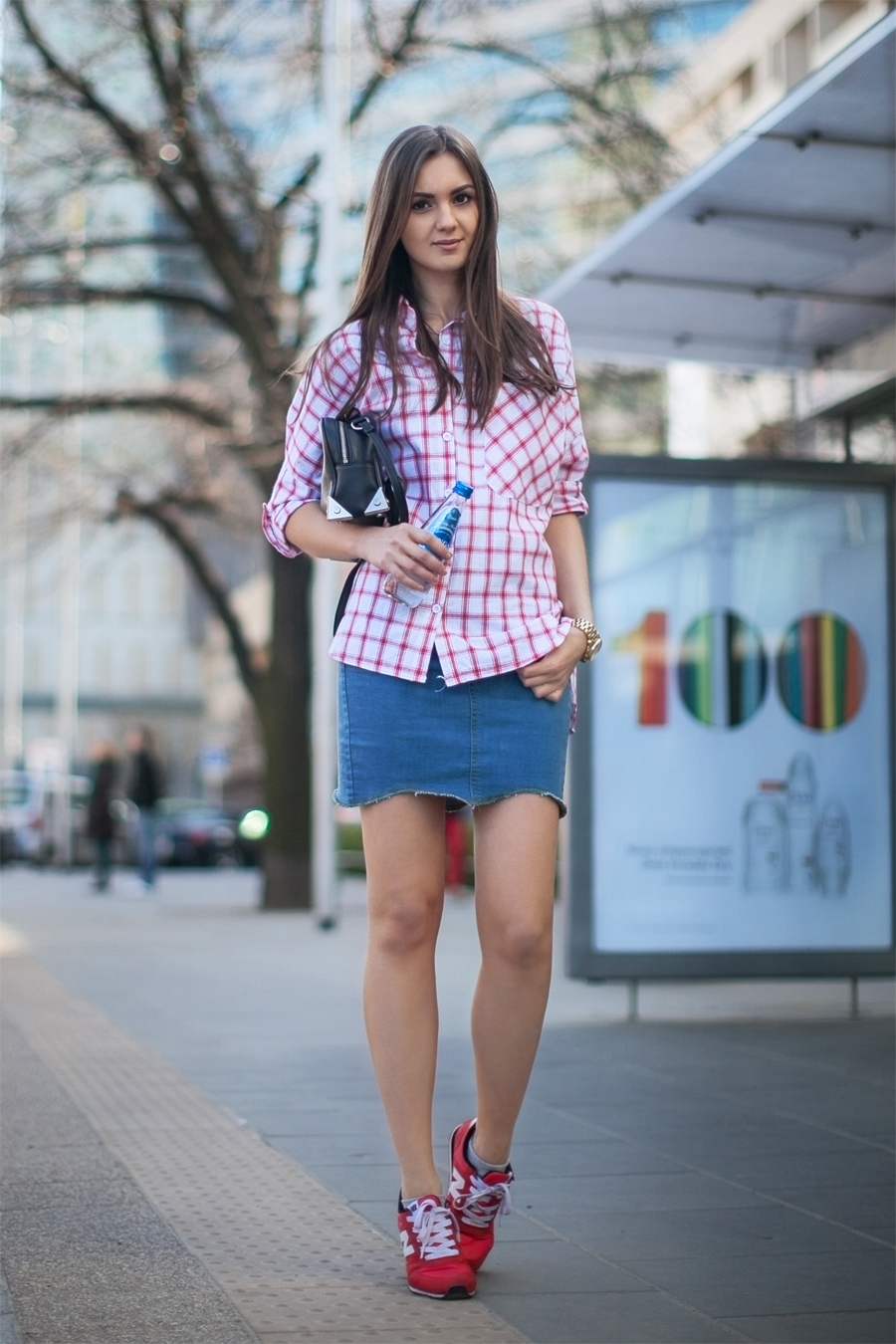fashion_blog_casual_outfit_checked_shirt_denim_skirt_street_style_streetstyle_blogger_girl_wearing5