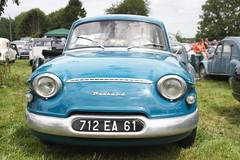 Une Panhard PL17 - Photo of Le Mesnil-Bacley