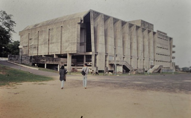 TagoreHall-Ahmedabad-Doshi. (2)