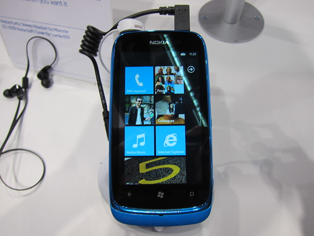 Nokia Lumia 610 (Cyan) - Front View