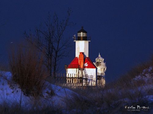 red lighthouse white snow tree beach sunrise pier sand michigan brush lke 2012 stjoesph tpslandscape