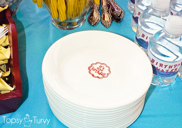 seuss-cat-hat-birthday-party-stamped-plates