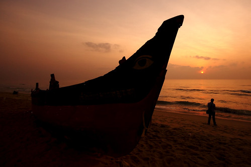 Sunrise @ Thiruvanmiyur Beach !!!