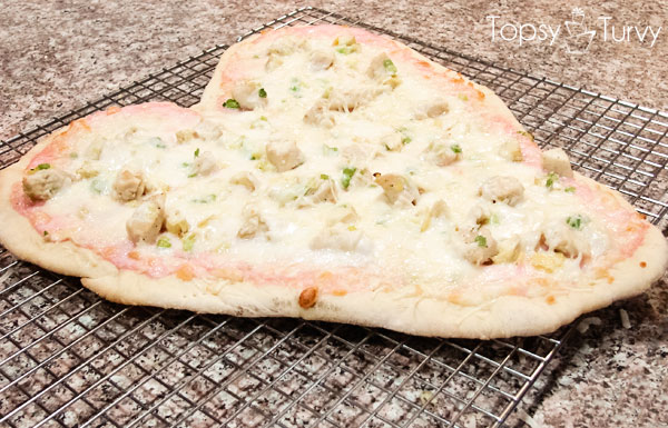 valentines-heart-shaped-pink-chicken-alfredo-pizza