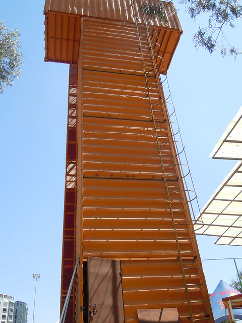 Container_Climbing_Wall2