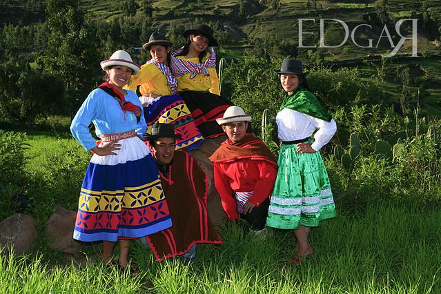 Vestimenta Tipica De Peru