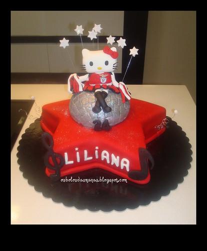 Bolo Hello Kitty Cheerleader Benfica by Osbolosdasmanas