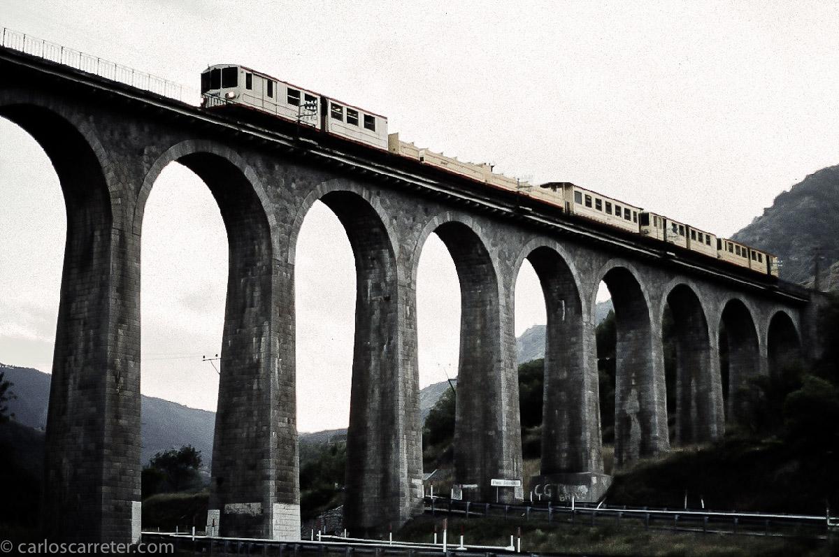 Tren Amarillo camino de Villefranche de Conflent