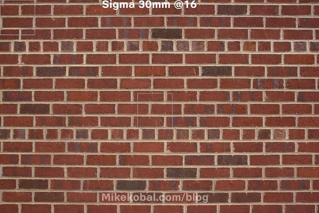 Sigma_30mm16_onNex7