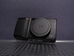 RICOH GR DIGITAL IV (Black)