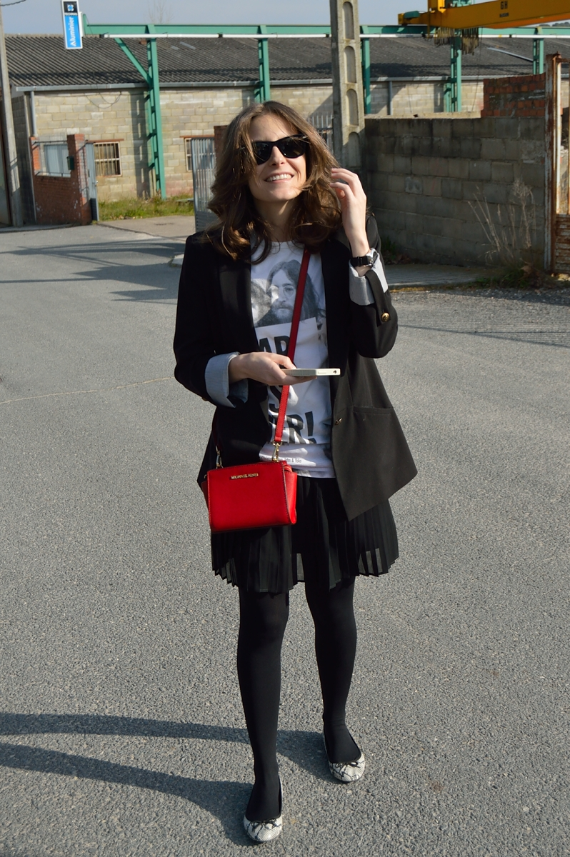 lara-vazquez-madlula-blog-red-bag-look