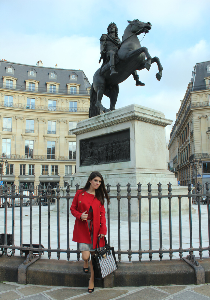 fashion, fashion blog, fashion blogger, Paris, place des victoires, houndstooth, streetstyle