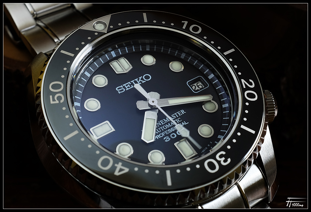 Seiko Marinemaster 300 SBDX001