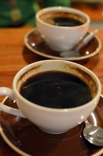 Clipper Cafe: Long blacks