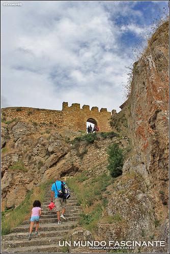 Subida al Castillo de los Duques de Frías