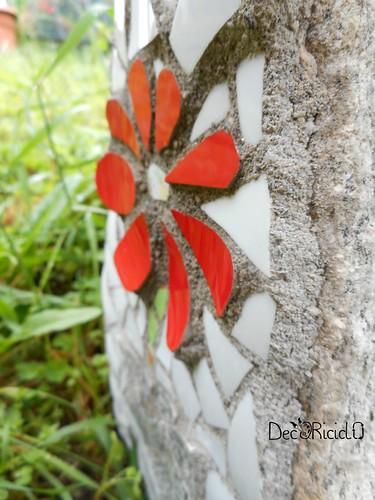 fiore mosaico su sasso per papà 6