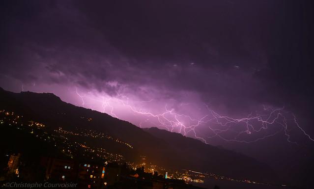 éclairs sur Montreux
