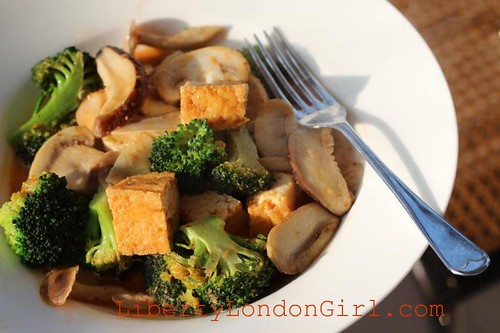 beancurd & mushroom tom yum Thai curry