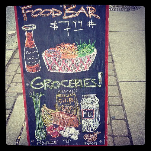 I love pretty chalkboards.