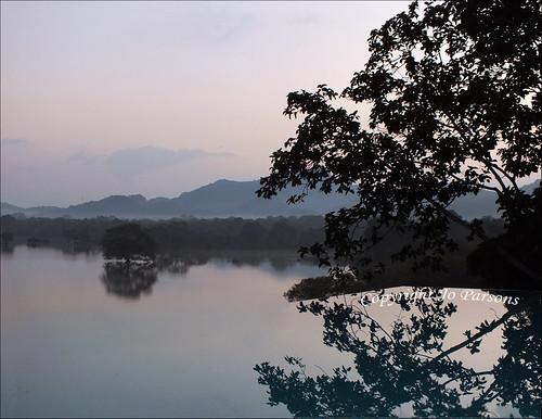 panorama lake mountains water sunrise reflections dawn fuji tank finepix vista srilanka ceylon pinksky kandalama dambulla ©allrightsreserved myfuji challengegamewinner kandalamatank heritancekandalama jo92photos infinitypoolswimmingpool hs20exr kachchanpool