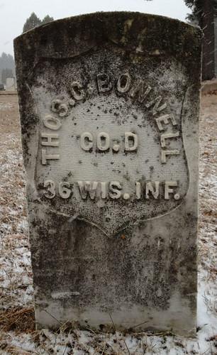 Gravestone of Civil War veteran Tom Corwin Bonnell, Foster Road Cemetery, Redgranite, Wisconsin