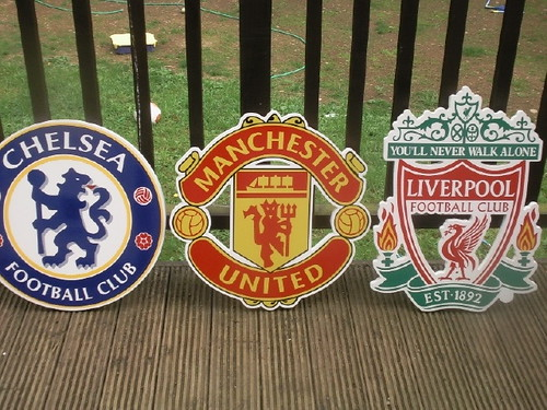 ASSORTED CARVED FOOTBALL PLAQUES WITH FULL COLOUR PRINT