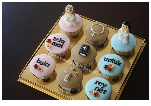 Cupcake Set for Baptism