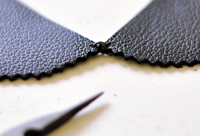 leather peter pan collar diy-4