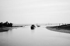 Muara Sungai Duyong  by Polini Fotografik