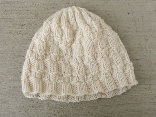 Basketweave stitch hat