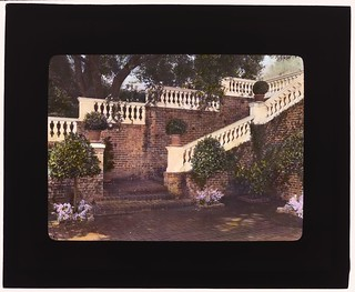 Mrs. Francis Lemoine Loring house, 700 South San Rafael Avenue, San Rafael Heights, Pasadena, California. (LOC)