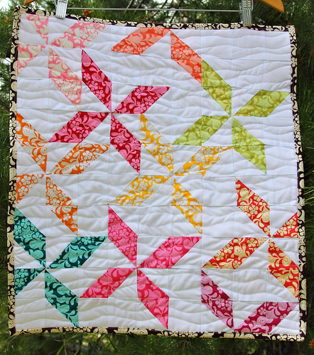 Henna Pinwheels - Modern Mini Contest at Ellison Lane Quilts