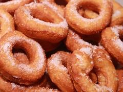 Homemade-Fried-Doughnut-with-Hole__66053